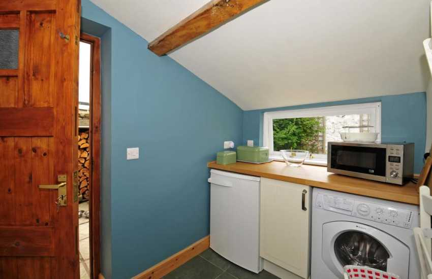 Romantic cottage for 2 Wales - utility