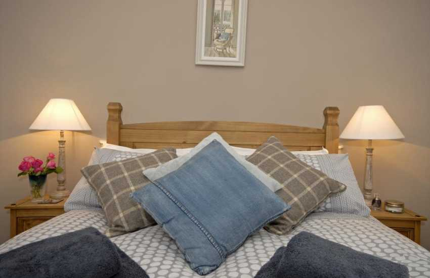 Tenby Harbour luxury holiday apartment