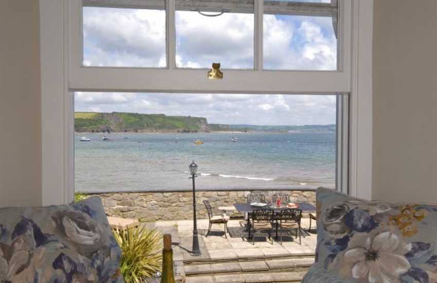 Tenby holiday flat with sea views