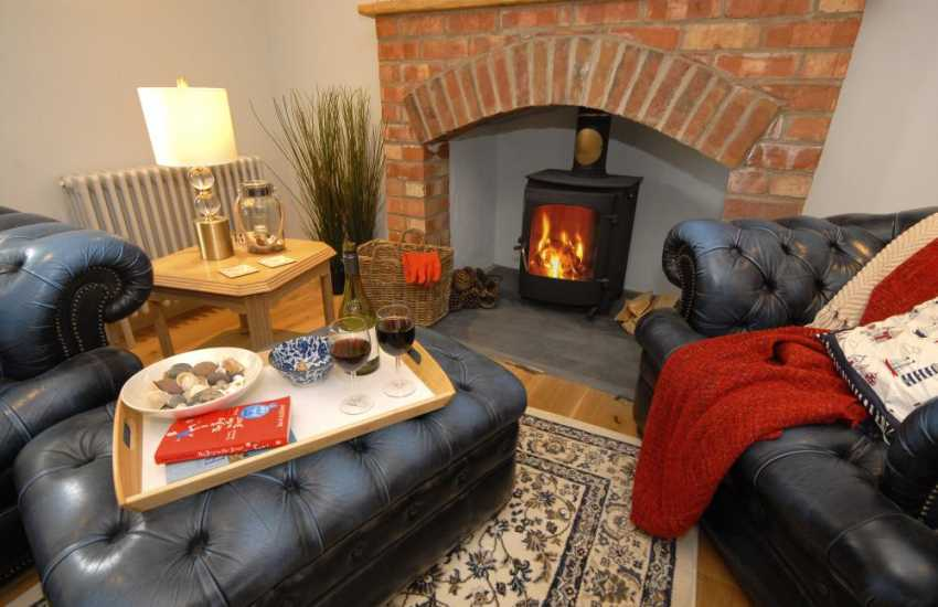 Cosy Pembrokeshire holiday cottage with wood burner