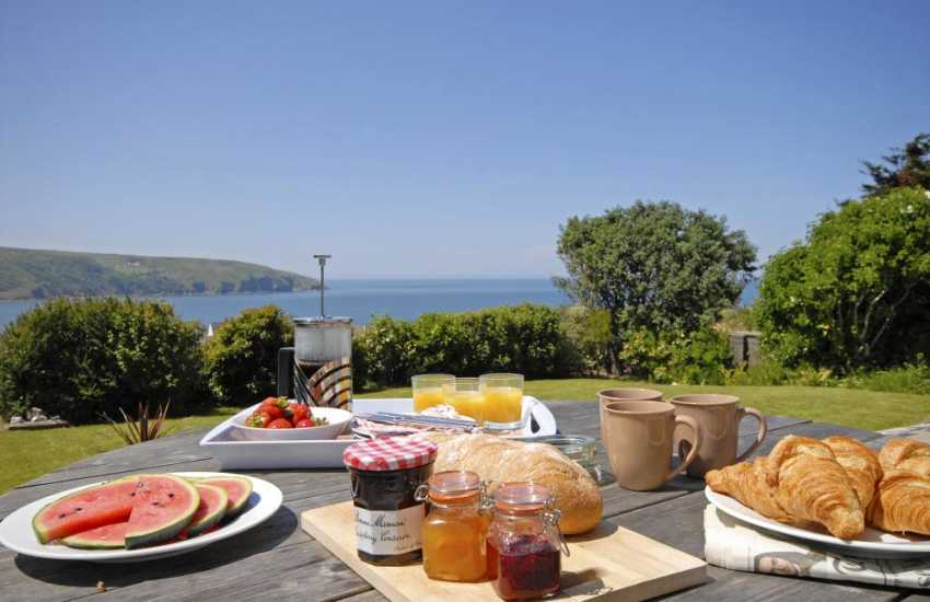 Gwbert cottage for rent - relax and enjoy stuning sea views