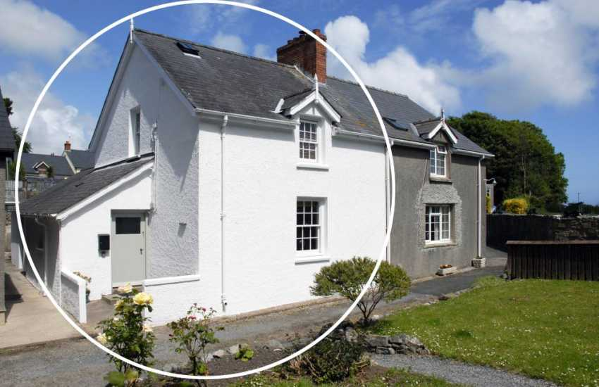 Stackpole holiday cottage - pets welcome