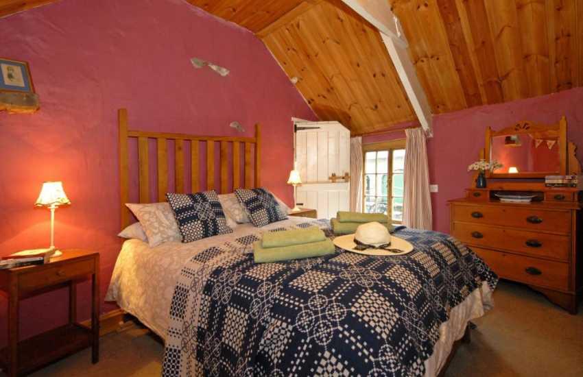 Teifi Valley Welsh traditional cottage - master bedroom