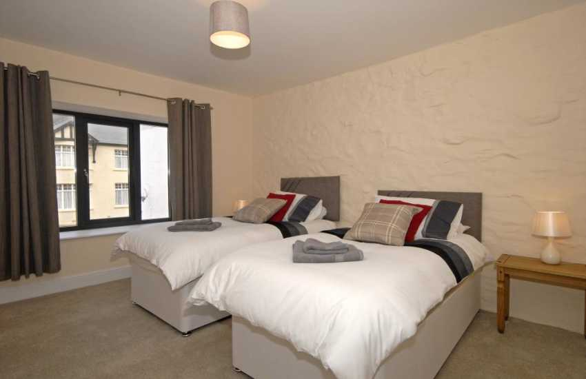 St Davids Pembrokeshire, spacious flat sleeping 4 - twin