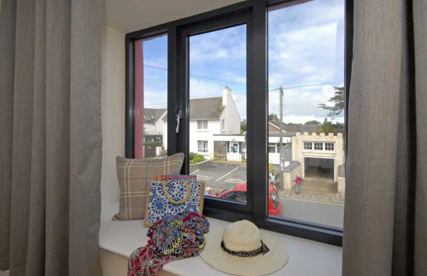 St Davids holiday apartment overlooking the High Street