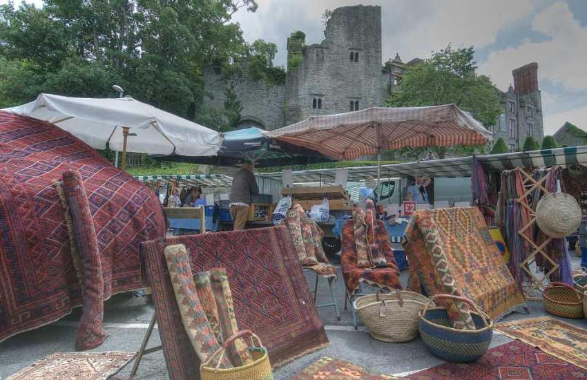 Hay on Wye market day