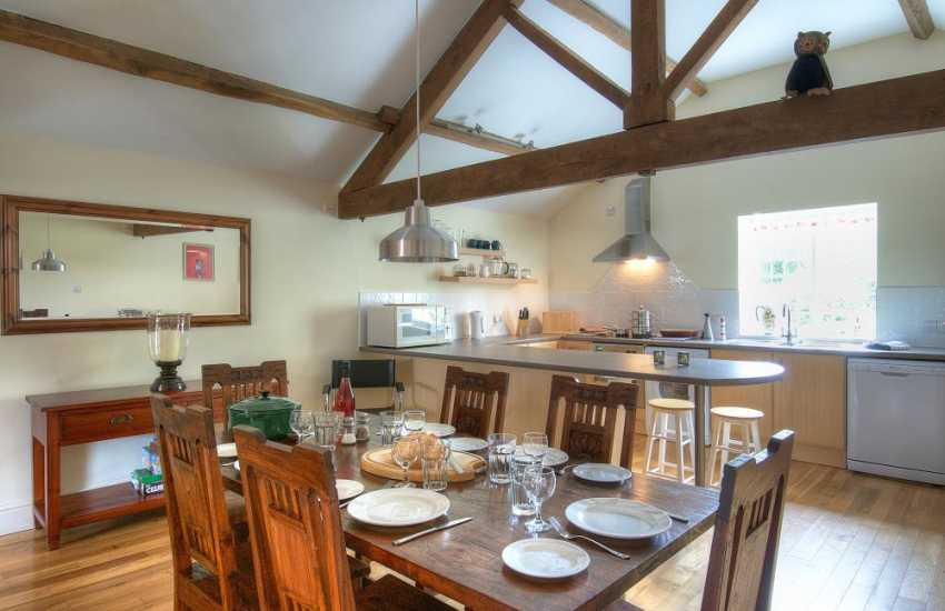 Hay on Wye holiday cottage - dining