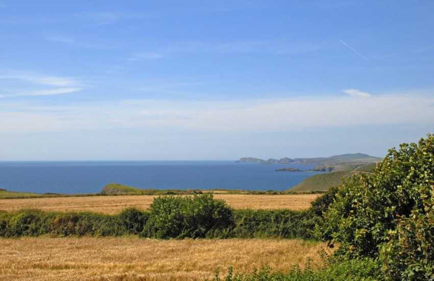 Luxurious coastal holiday home between Solva & St Davids with fabulous sea views to St Brides Bay, Ramsey & Skomer Islands