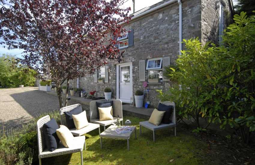 Llanybri restored Welsh barn with small private gardens