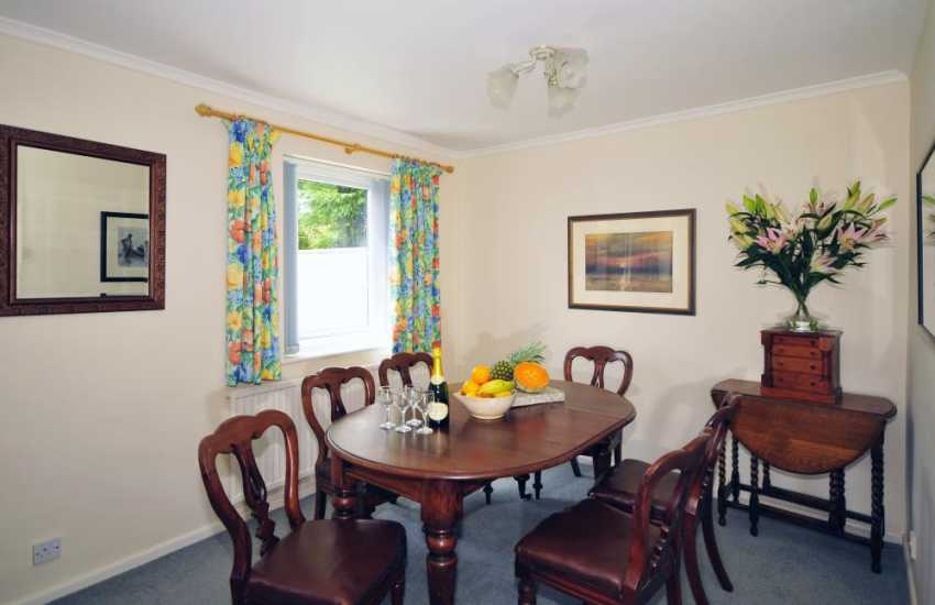 Cottage on the coast north wales - dining room