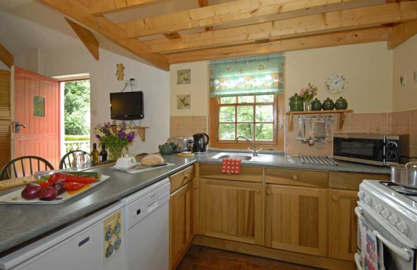 Self-catering Pembrokeshire cottage near Narberth - open plan galley kitchen