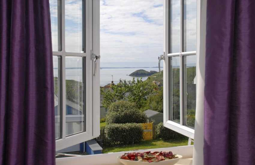 Holiday home Solva with sea views over St Brides Bay
