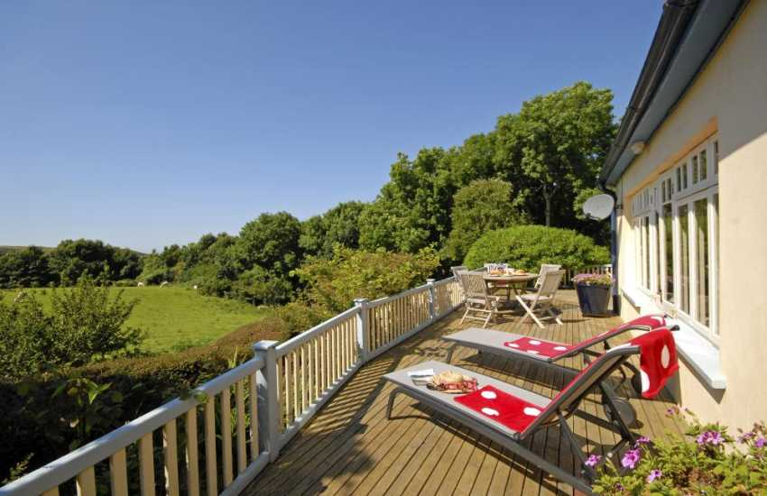 Pembrokeshire coastal cottage - private deck with coastal views