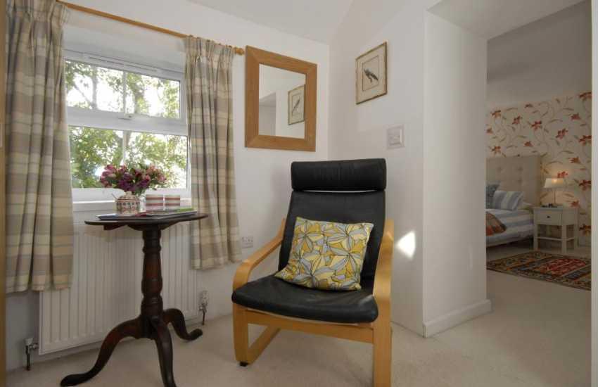 Solva coastal cottage - master with dressing room