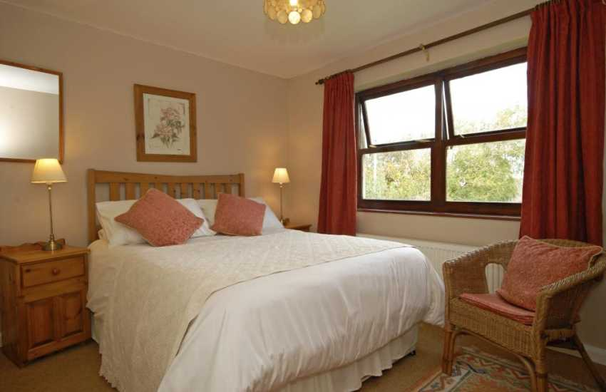Pembrokeshire coast holiday home sleeps 7 - double