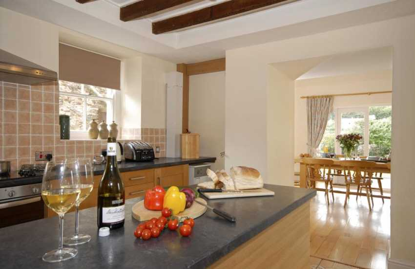 Coldstream Lodge, Dale - family home perfect for parties and family gatherings