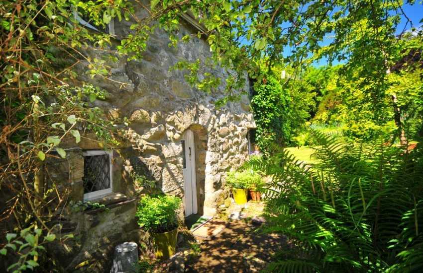 Porthmadog holiday cottage-sleeps 4