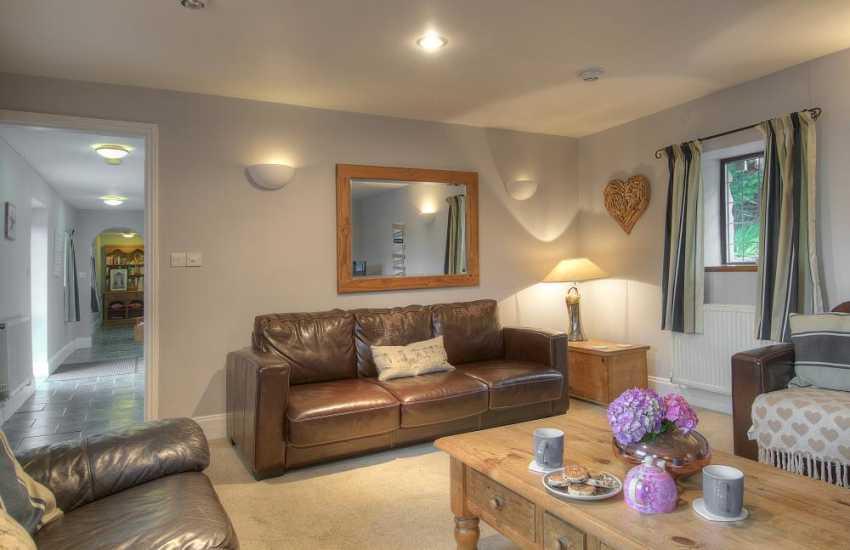 Pet friendly cottage Morfa Nefyn - lounge