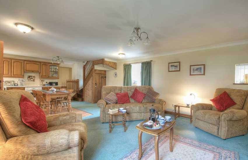 Abersoch holiday cottage  -  lounge