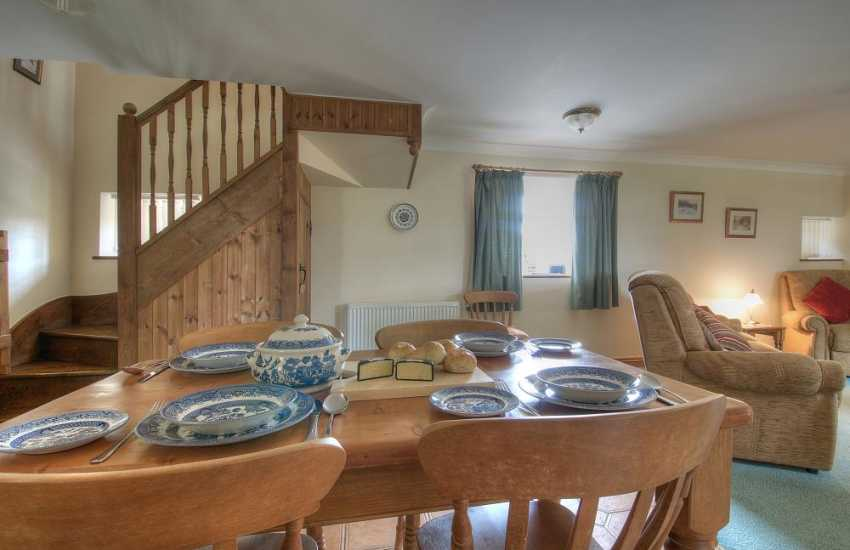Pet friendly holiday cottage Abersoch - dining