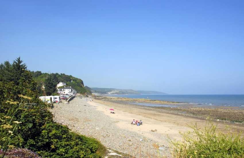 Wiseman's Bridge - a family friendly beach with rock pools and dog friendly all year round