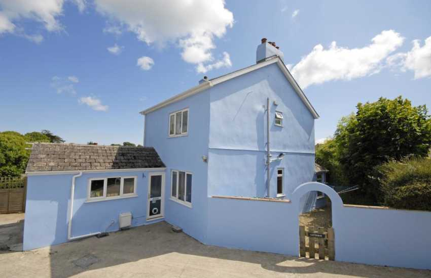 Holiday home near the beach in Tenby - pets welcome