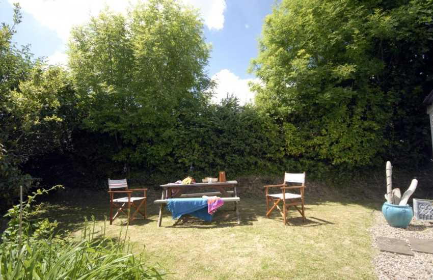 Self-catering cottage with garden in the Pembrokeshire Coast National Park
