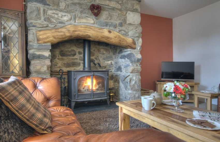 Snowdonia holiday cottage 4 bedrooms-lounge