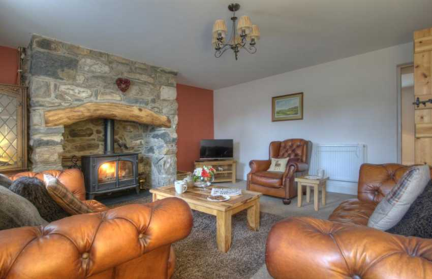 North Wales holiday cottage sleeping 7-lounge