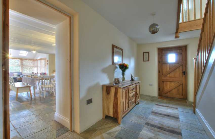 Nebo holiday cottage - hall