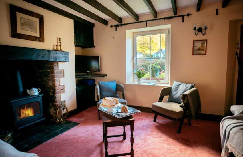 Parkmill village cottage holiday-lounge with oil fired log burner