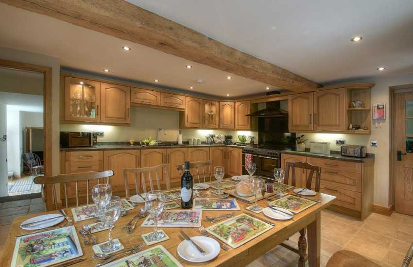 Pet friendly holiday cottage mid Wales - kitchen