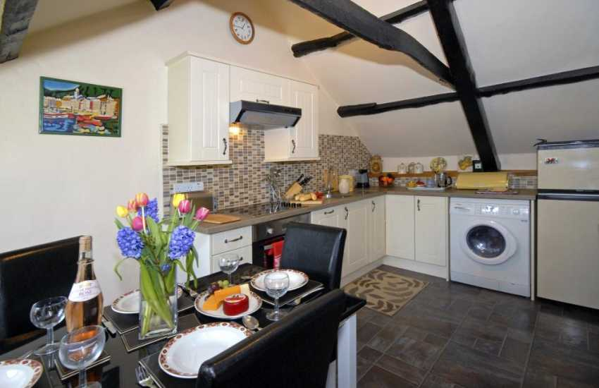 Self-catering cottage in Cwm Tydu - kitchen/diner