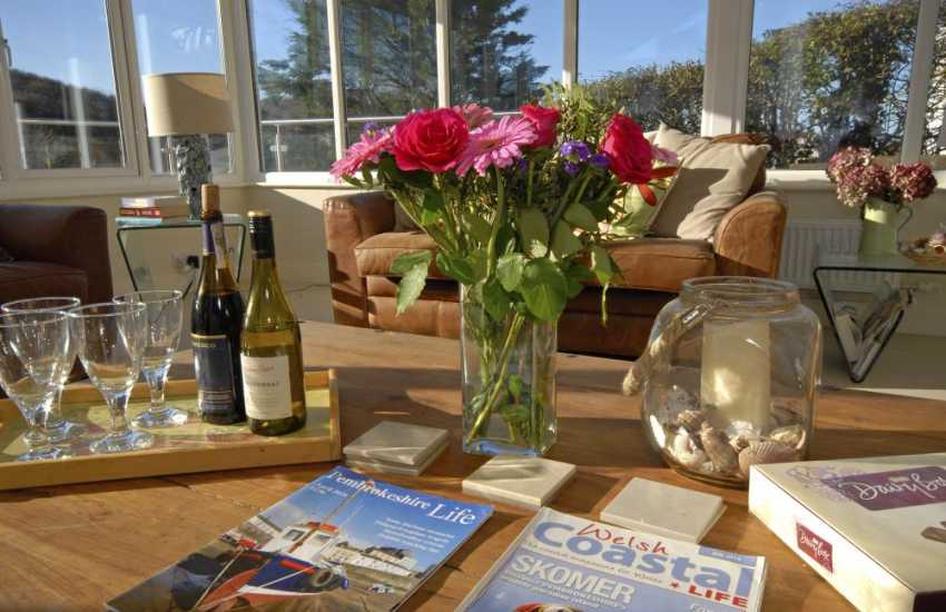 Little Haven Pembrokeshire  -stylish modern family holiday home by the sea
