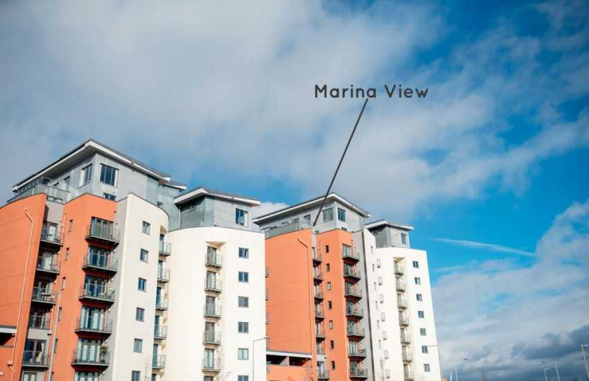 Paris penthouse apartment Swansea marina-sleeps 4