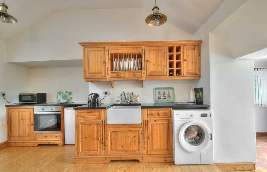 Immaculate well equipped kitchen