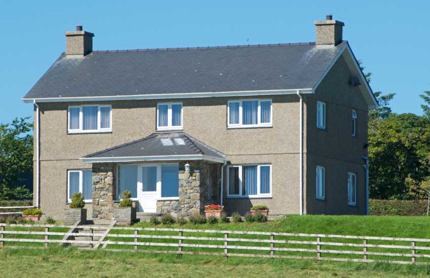 Secluded holiday house North Wales - exterior