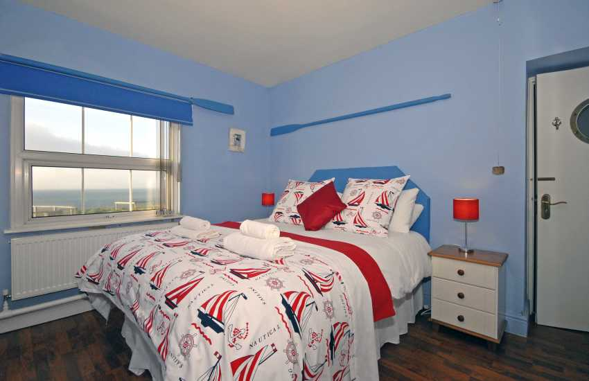 Dale lighthouse - en-suite king size bedroom