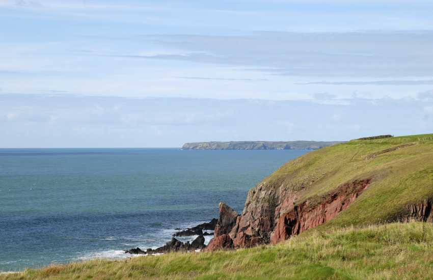 Views over the Pembrokeshire Coast Path to Skomer Island