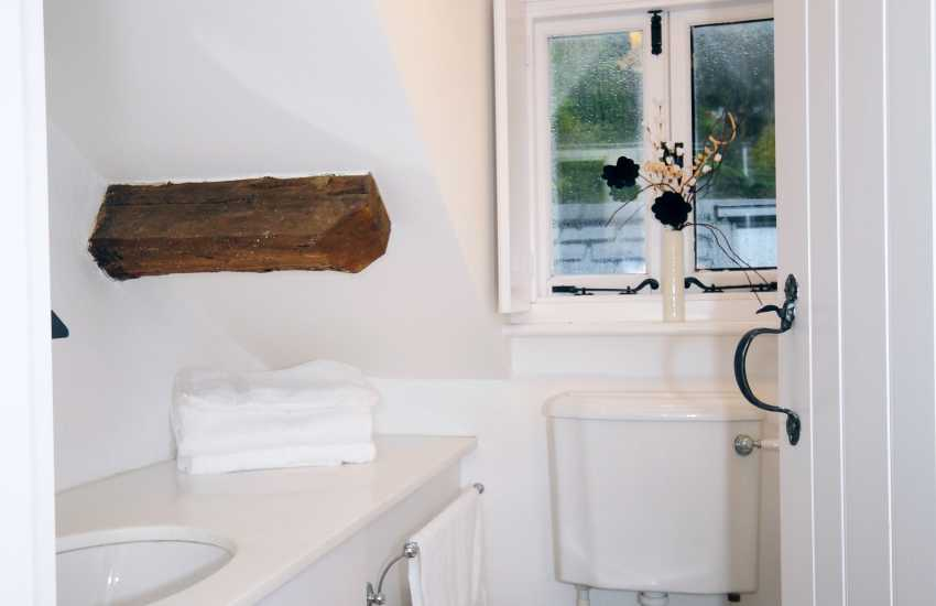 Harlech holiday cottage - wc