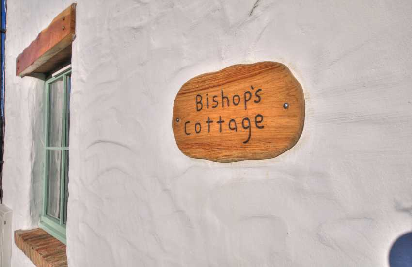 North Pembrokeshire cottage holiday - sign