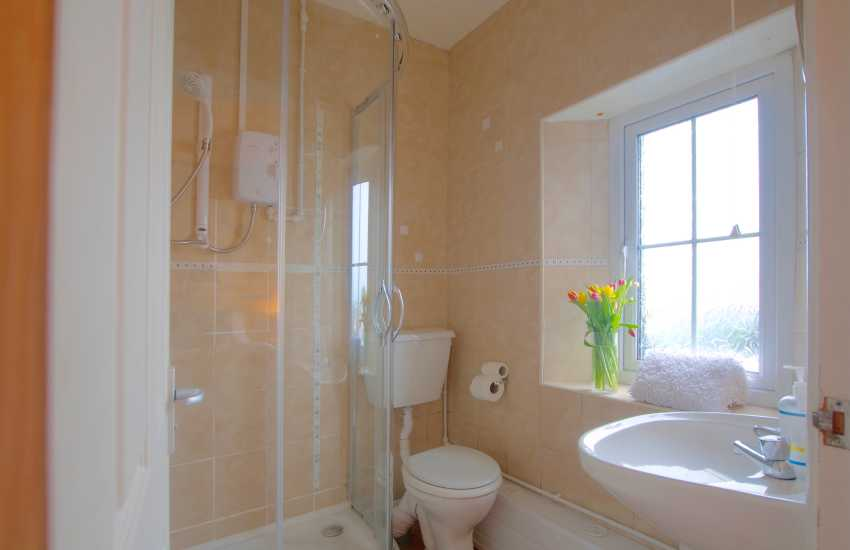 Holiday cottage Dale - double bedroom ensuite