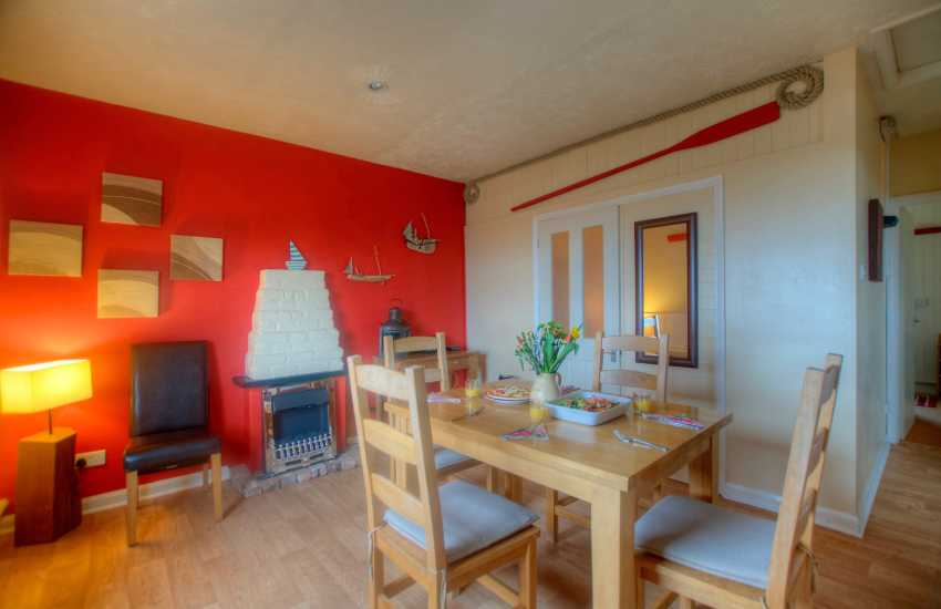 Dale holiday cottage - dining
