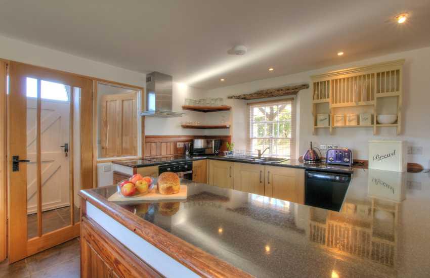 Pembrokeshire holiday cottage - kitchen