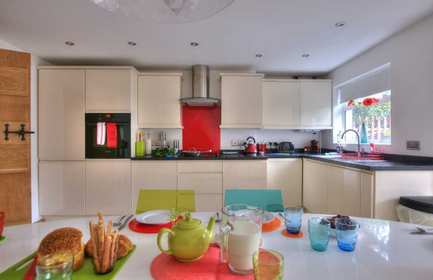 Holiday cottage St Davids Pembrokeshire - dining