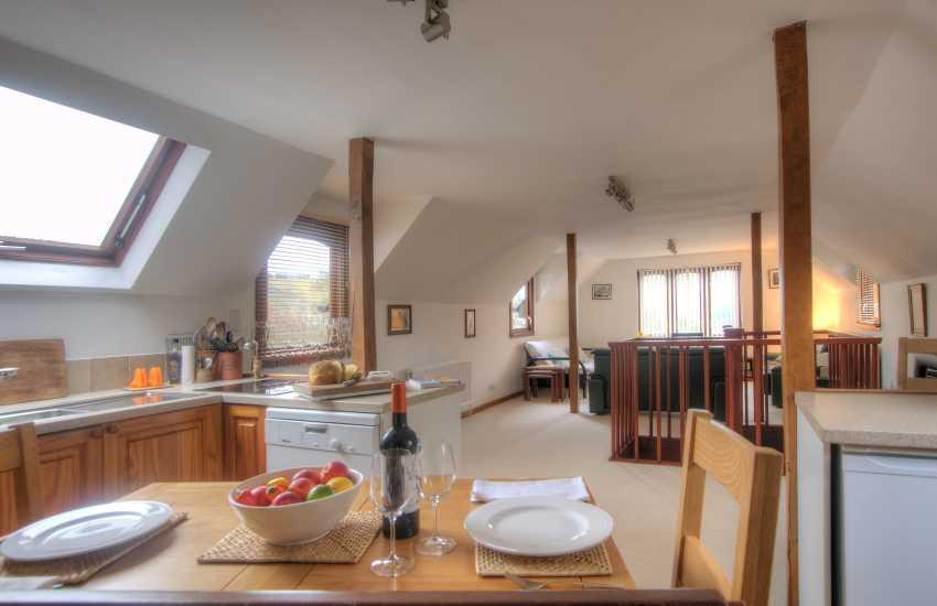 Holiday cottage for 2 Crickhowell - kitchen