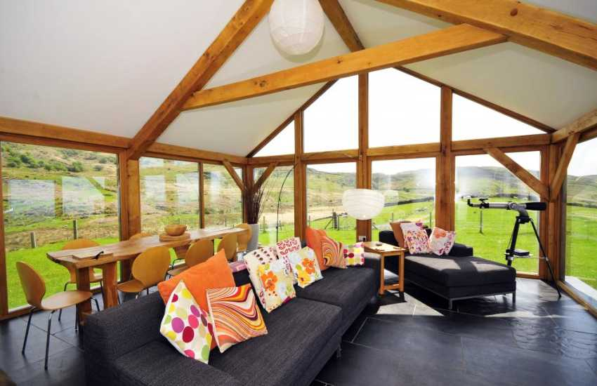 Harlech holiday cottage - Conservatory with panoramic views