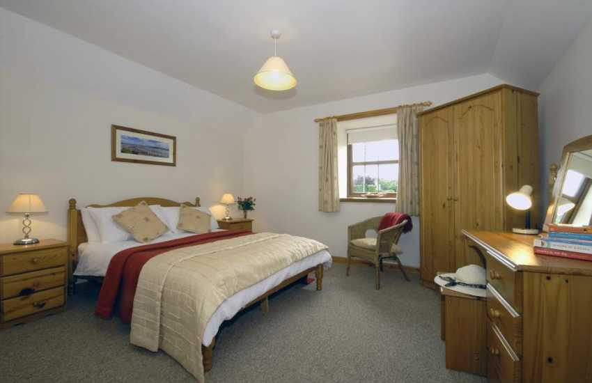 Rhydlewis holiday cottage - double bedroom