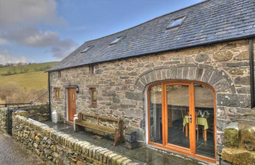 Luxury holiday cottage Snowdonia - ext