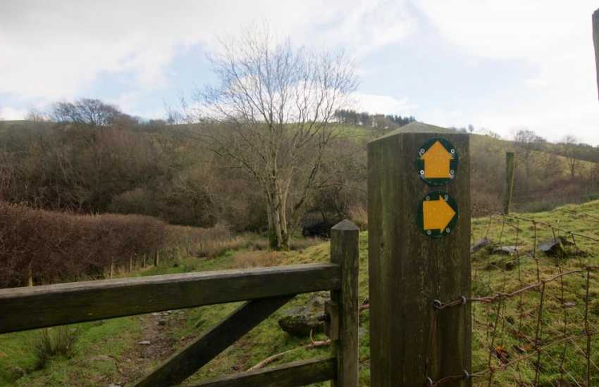 Luxury holiday cottage Wales - footpath